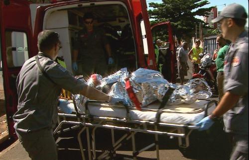 Maurício Glauco / EPTV - Morador de rua é atropelado por caminhão no Sumarezinho