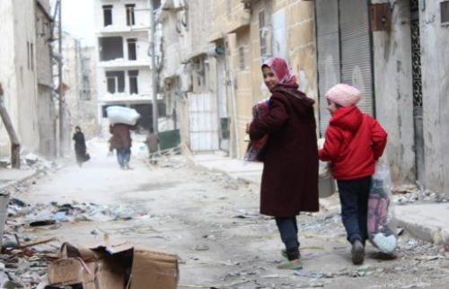 Moradores retornam a sua casa, após terem sido deslocados forçosamente por causa da guerra na Síria - Foto: ACNUR/Hameed Marouf