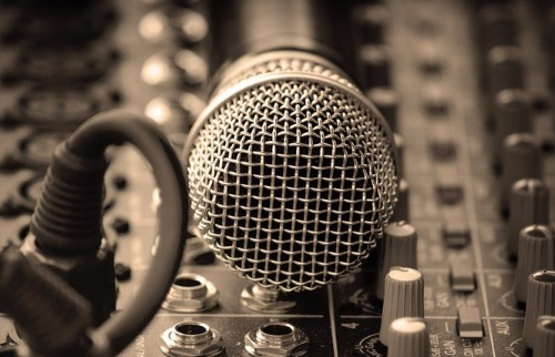 Da reportagem - Aula de canto é uma das opções oferecidas em Araraquara