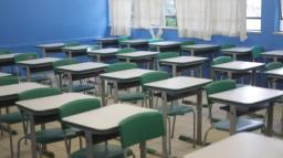 Estado apresenta programa de volta às aulas aos prefeitos