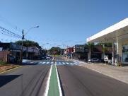 Prefeitura realiza pintura na Av. São Carlos neste domingo (19)