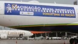 Avião que buscaria vacinas na Índia levará oxigênio à Manaus