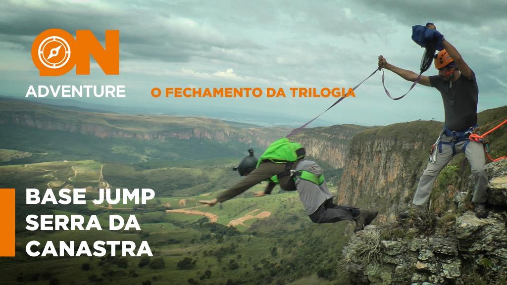 BASE Jump no fecho da Serra - P. N. Serra da Canastra - Foto: Sanner Moraes