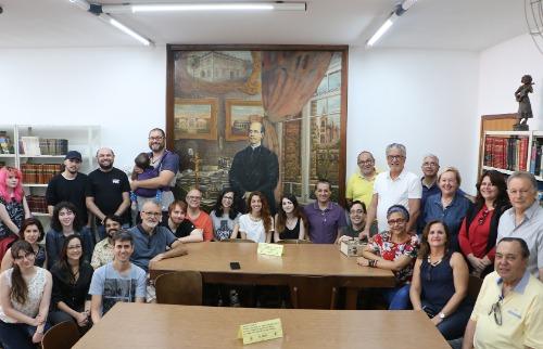 Fanzine de 24 páginas foi produzido por 19 pessoas e eterniza história da biblioteca (Foto: divulgação). - Foto: Divulgação