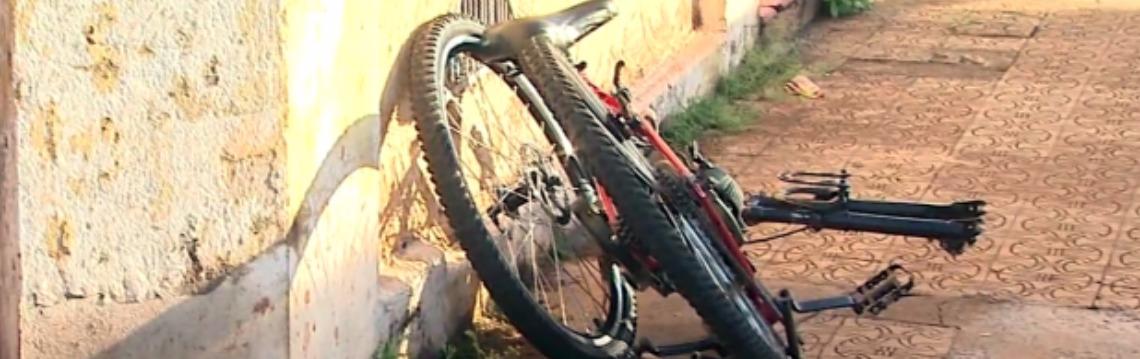 Idoso estava em uma bicicleta motorizada - Foto: Reprodução EPTV