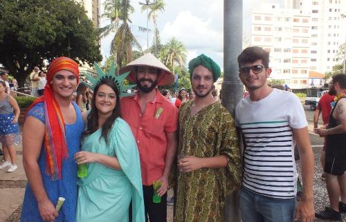 Da reportagem - Bloco Cordão da Luz Divina em Araraquara