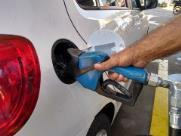Combustíveis podem ter reajuste de até 15% a partir de segunda (18)