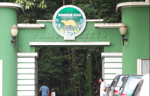 F.L. Piton / A Cidade - Bosque/Zoo Fabio Barreto