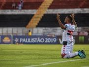 Botafogo não cai e  São Paulo se classifica