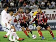 Botafogo segura líder Bragantino e permanece no G-4