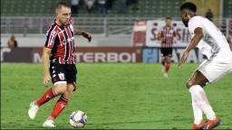 Botafogo enfrenta o Bragantino para voltar a sonhar com G-4