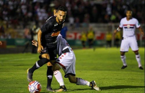 Botafogo perdeu em casa para o Corinthians. (Foto  Weber Sian ACidadeON) f442eaaccc2c4