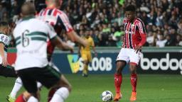 Botafogo enfrenta o Coritiba para definir futuro na Série B