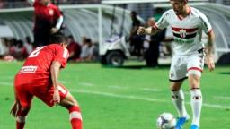 Botafogo perde para o CRB e se complica na Série B