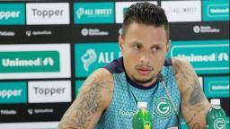 Botafogo anuncia contratação de atacante do Goiás