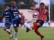 Botafogo segura pressão fora de casa e empata com o lanterna