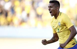 Adalberto Marques / Folhapress - Brasil derrotou o Japão por 2 a 0 no Estádio Serra Dourada