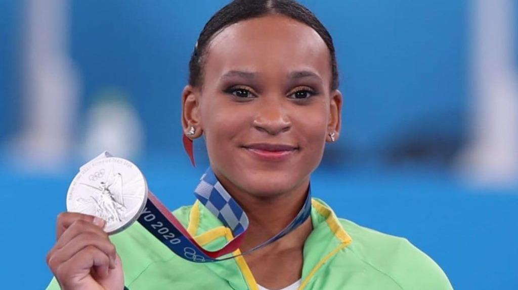 Rebeca Andrade conquistou a medalha de prata na final individual geral da Ginástica feminina (Foto: Ricardo Bufolin/CBG) - Foto: Ricardo Bufolin/CBG