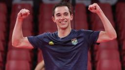 Hugo Calderano vence coreano e vai às quartas de final do Tênis de Mesa