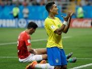 Brasil sai na frente, mas vacila e empata com a Suíça na estreia