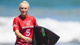Tati Weston-Webb e Silvana Lima conquistam vaga nas oitavas do Surfe feminino