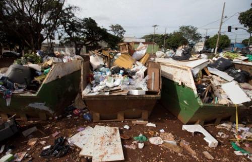 Weber Sian / A Cidade - tac Caçambas sociais instaladas na gestão Dárcy Vera não atendem às exigências impostas pela promotoria