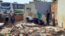Muro cai em cima de homem no Santa Angelina