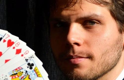 Da reportagem - Caio Ferreira, o ilusionista