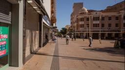 Estado limita capacidade e horário de shoppings e comércio