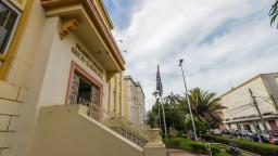 PLC quer regular abertura de portões automáticos em Araraquara