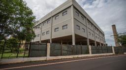 Câmara de Ribeirão suspende sessões solenes e reuniões