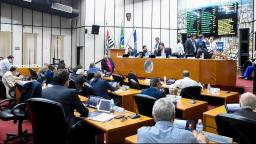 Câmara de Ribeirão aprova modificação no quadro de servidores
