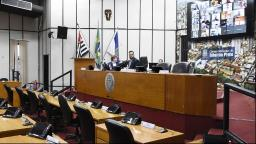 Câmara aprova projeto que obriga bancos a higienizar caixas