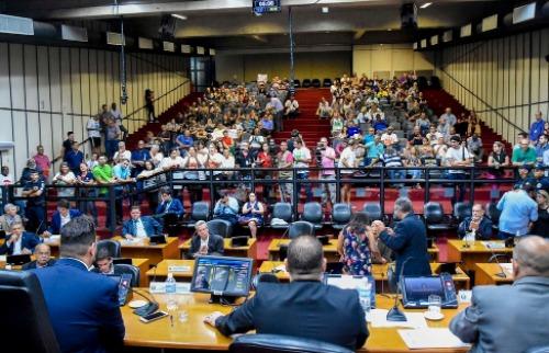 Vereadores afirmam que medida foi justificada para garantir diálogo com Nogueira (Foto: Câmara Ribeirão/Aline Pereira). - Foto: divulgação