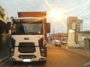 GM recupera carreta roubada; carga de cerveja é levada