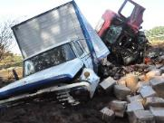 Acidente entre caminhões deixa um morto na Bandeirantes