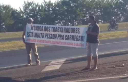 Caminhoneiros fazem protesto em Araraquara (Divulgação) - Foto: Da reportagem