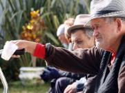 Sobrecarga de cuidadores de idosos é tema de pesquisa na UFSCar
