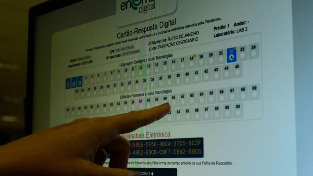 Candidatos do Enem digital podem pedir reaplicação de provas até hoje (Foto: Marcello Casal Jr./Agência Brasil) - Foto: Foto: Marcello Casal Jr./Agência Brasil