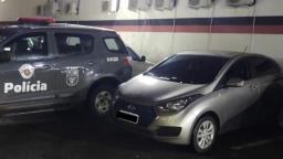 Baep prende homem com carro roubado no Jardim Itatinga