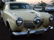 Autoshow promove desfile de carros antigos em homenagem a SP