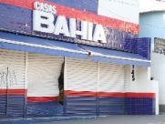 Ladrões furtam Casas Bahia no Centro de Vinhedo