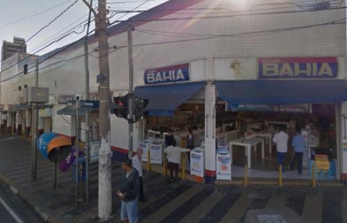 Crédito: Reprodução Google Street View - Casas Bahia foi assaltada novamente. Crédito: Reprodução Google Street View