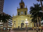 Prefeitura amplia limpeza em área de moradores de rua