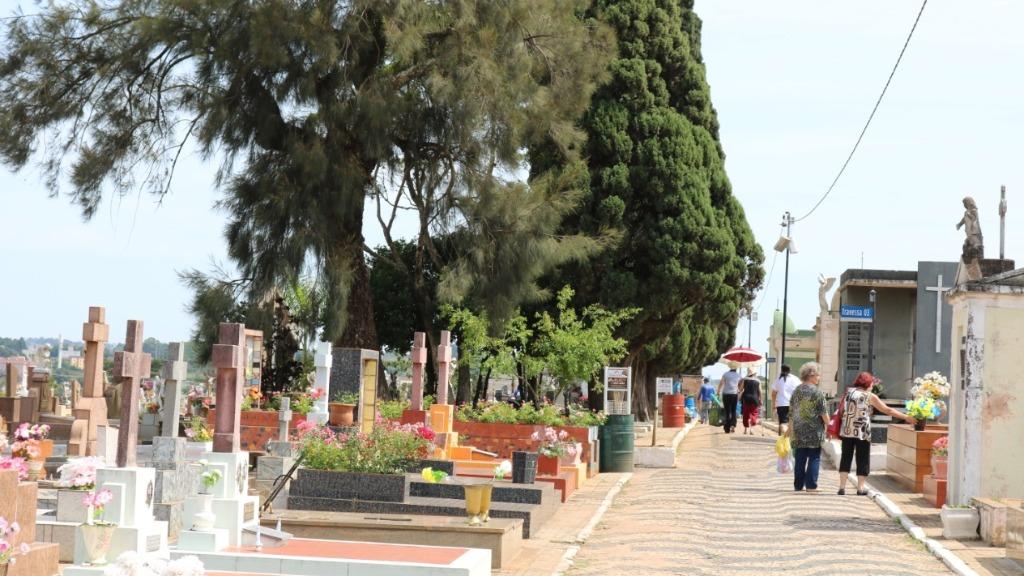 Cemitérios de São Carlos ficarão abertos para visitação das 6h às 18h. Foto: Divulgação - Foto: Divulgação