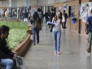 Mulheres são maioria na graduação presencial, segundo Inep