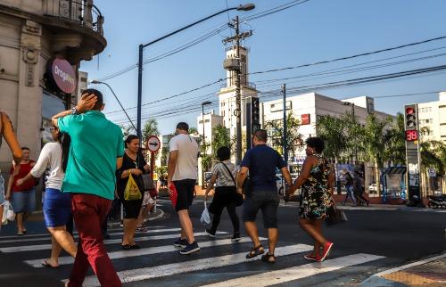 Centro de Araraquara comércio pedestres (Foto: Amanda Rocha) - Foto: Amanda Rocha