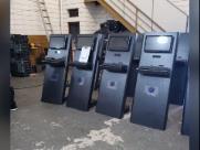 Polícia descobre fábrica de máquinas caça-níquel