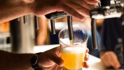 Fase amarela libera funcionamento de bares e academias