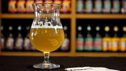 Fábrica de Ribeirão Preto troca doação de alimento por cerveja